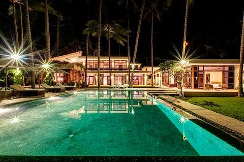 Strandfront Villa Gita Segara Bali