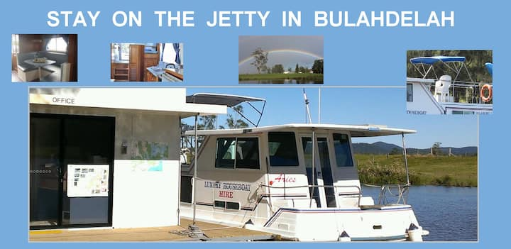 Fully self contained.  Stay at our Jetty 1-4ppl