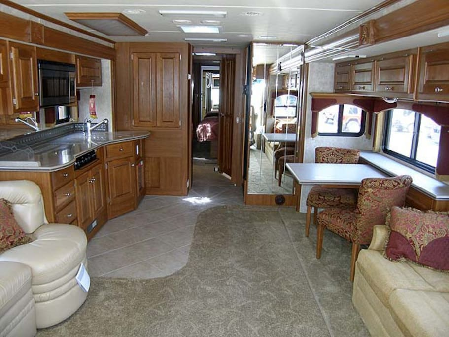 Luxury Rv In Coastal Campgrounds Campers Rvs For Rent In