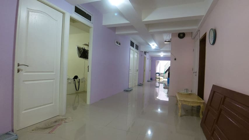 Kamar yang nyaman,bersih,tenang - North Jakarta - House