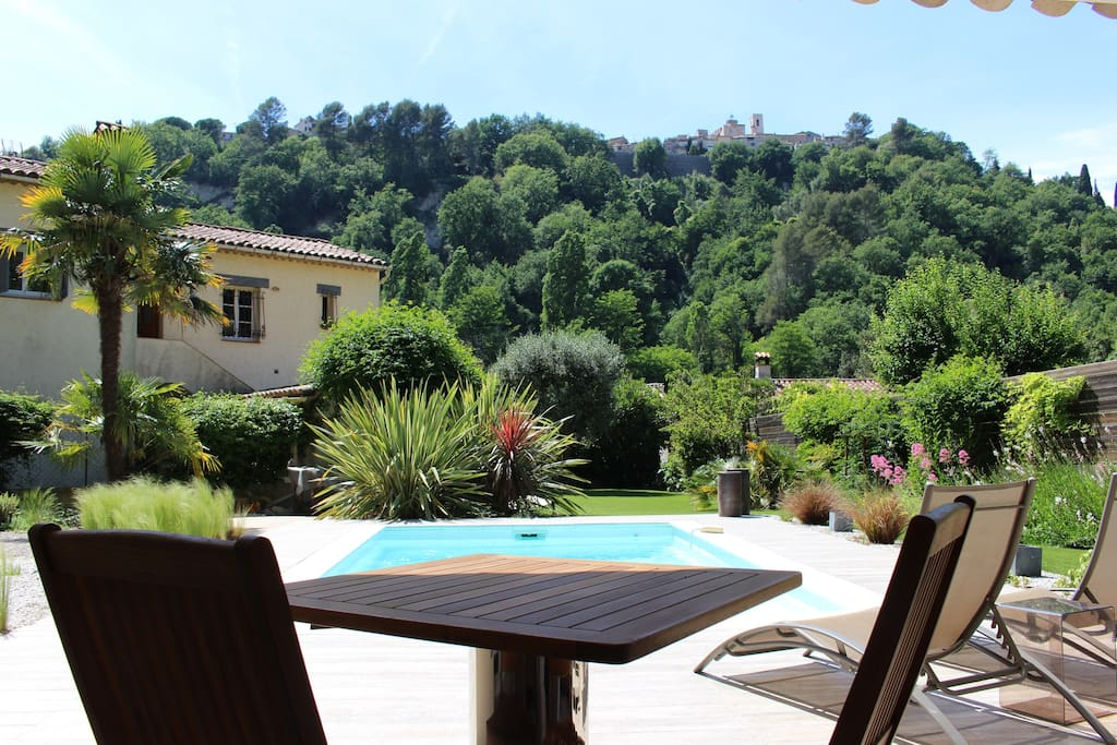 1 Bedroom Apartment With Terrace And Pool Guesthouses