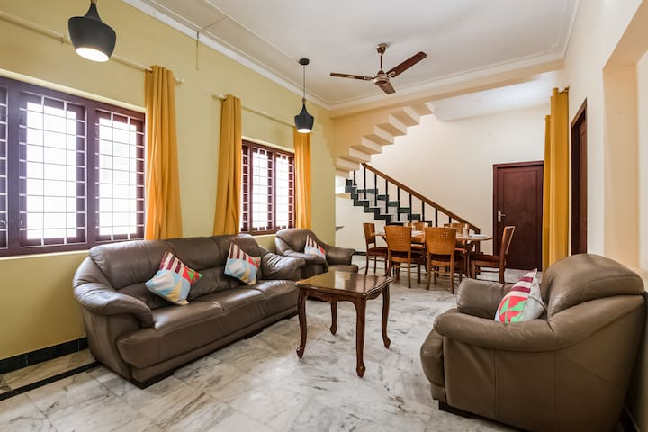 OYO Spacious 1BR Home for a Holiday in Calicut!