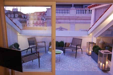 Chiado Loft 1 Terrace Amazing Apartment - 里斯本 - 公寓