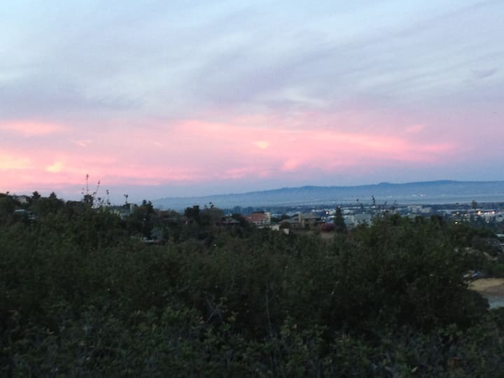 Amazing View! Peaceful & spacious
