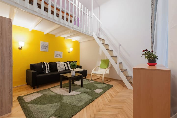 Absolute Citycentre Romantic Nest - Budapest - Apartment