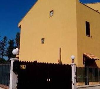 villa singola vicino al mare - Torre Colonna-sperone
