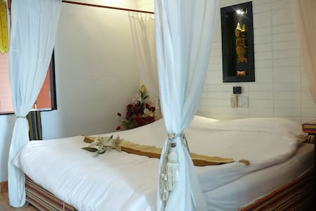 Deluxe room with private Bathroom - Pa Tan - Bed & Breakfast