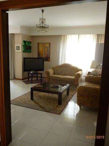 Camera privata in zona residenziale - Sassari - Huoneisto