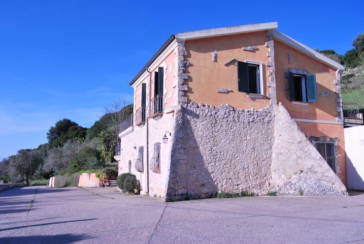 Villa Novecentesca Nord Sardegna - Sassari - Villa