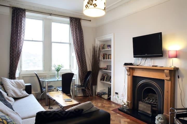 Bright quiet old town apartment