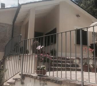 affitto mini appartamento in villa
