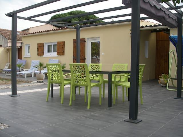 T2  indépendant 32 m2 avec parking - La Seyne-sur-Mer - Casa