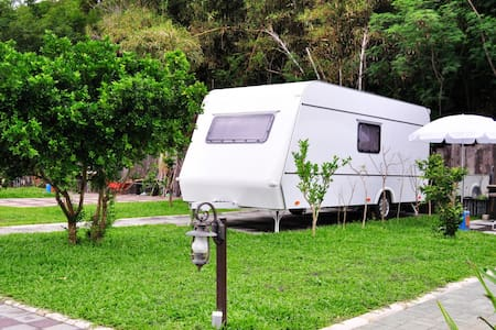 墾丁後壁湖 露營車民宿 Kenting Camping car - Hengchun Township