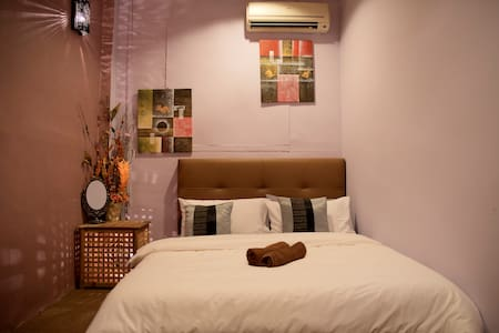 Cosy 3 Bed Suite In Heritage Home - Pulau Pinang - Bed & Breakfast