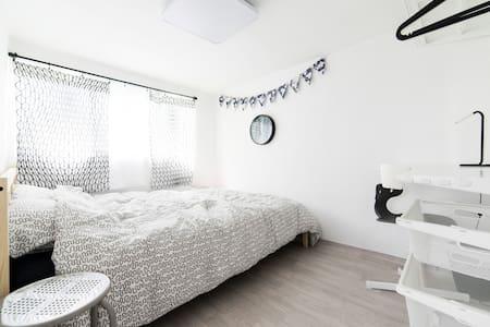 "Jamsil ""Comestay"" Double bedroom NZ - Songpa-gu - Bed & Breakfast"