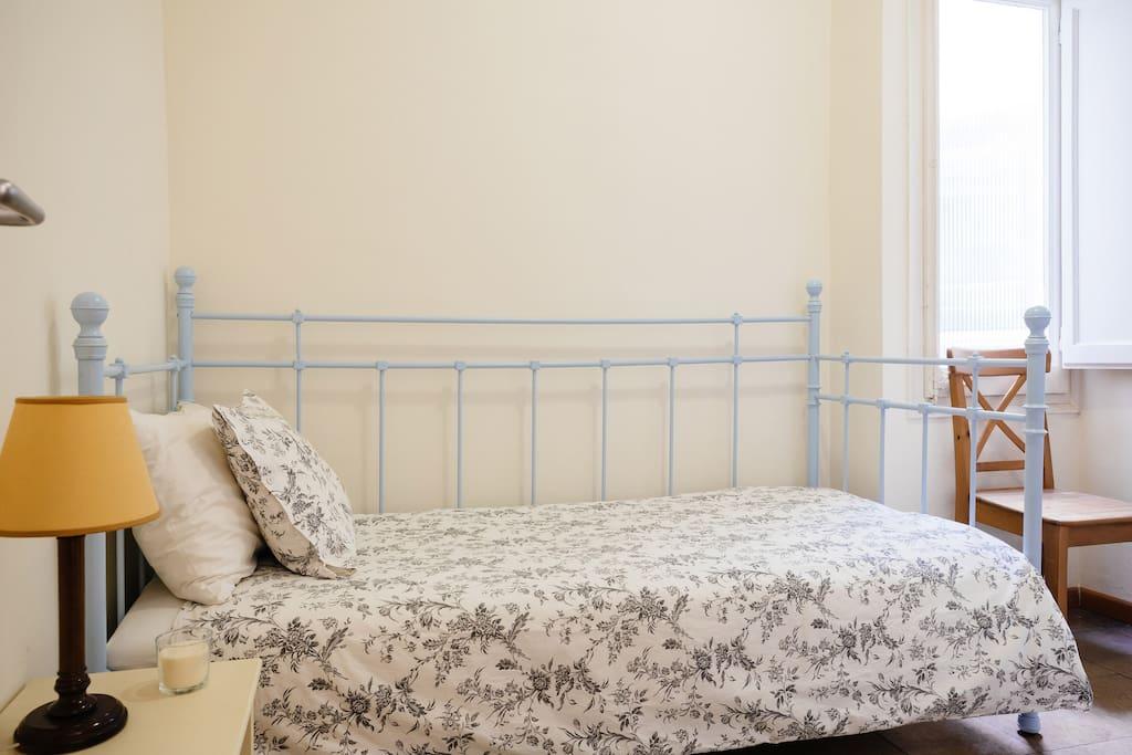 dormitorio simple tranquilo y c modo apartamentos en
