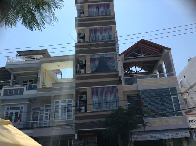 Cozy, local hotel! - tp. Nha Trang - Apartamento
