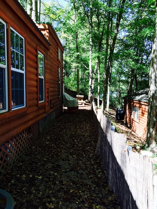 Side of cabin to picnic table