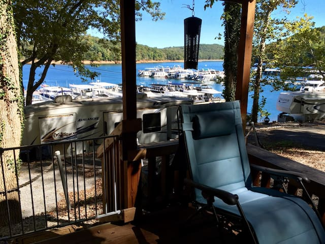 2BD + Loft Lake View Cabin