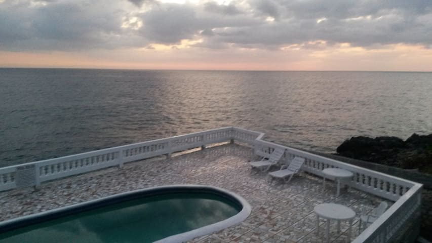 South SeaView Guest Resort - White House - Apartamento