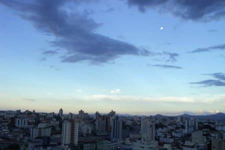 Kitnet Região Central com garagem - Belo Horizonte - Apartemen