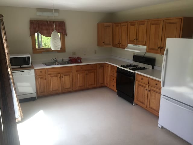 2 Bedroom Apartment in Elmore VT - Elmore - Huoneisto
