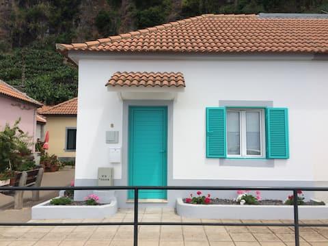 Aqua Sea House