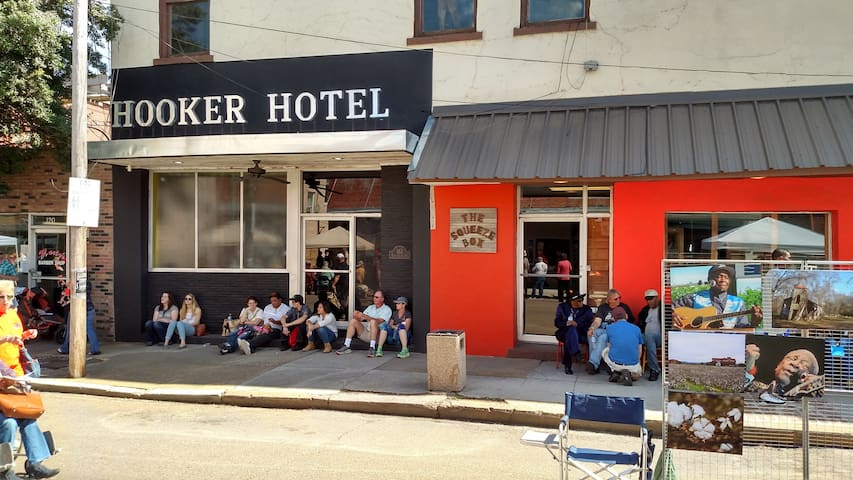 "Hooker Hotel - Rated #1   ""5 Star"" - Clarksdale"