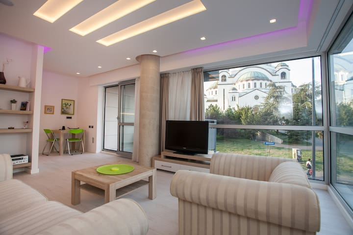 Hram-with the most beatiful view - Beograd - Apartment