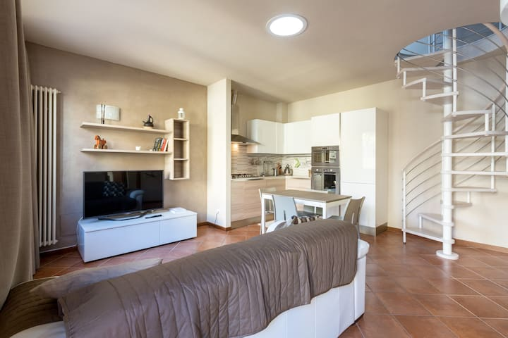 Small villa in the old Town - Sirmione - Rumah