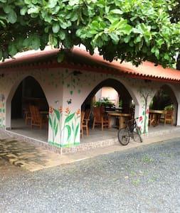 Casa Loma, Triple Room, sleeps 3 - Pedasí