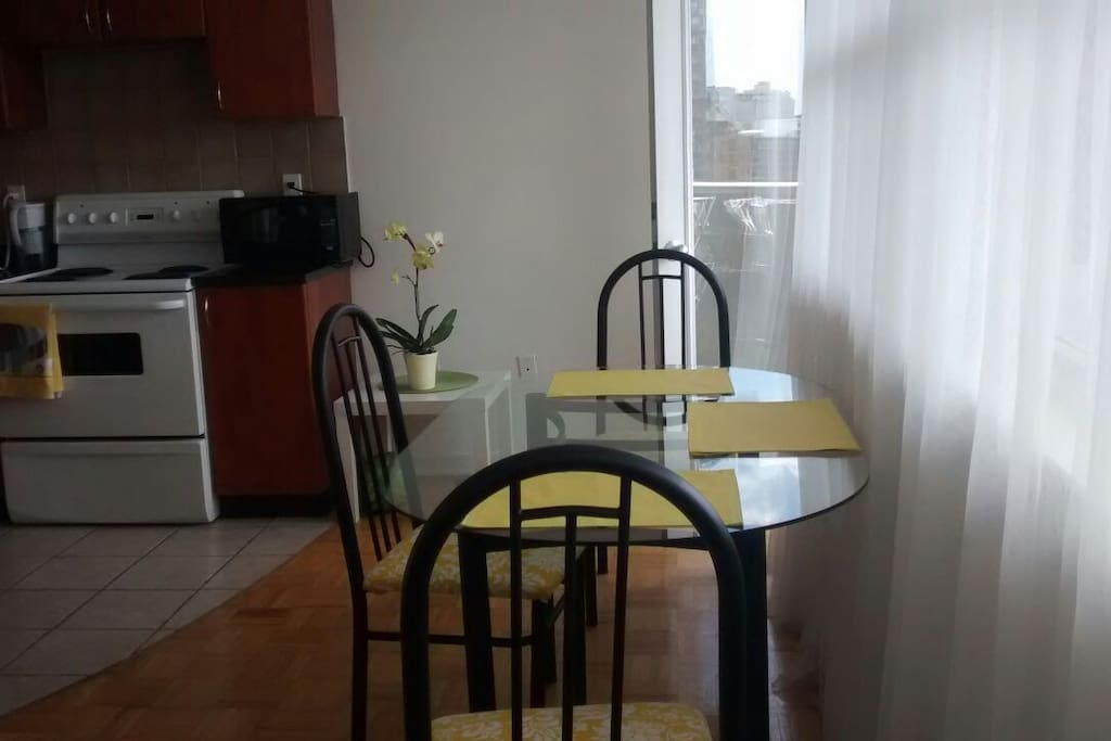 Room Rent In Toronto Wit Orivate Bath