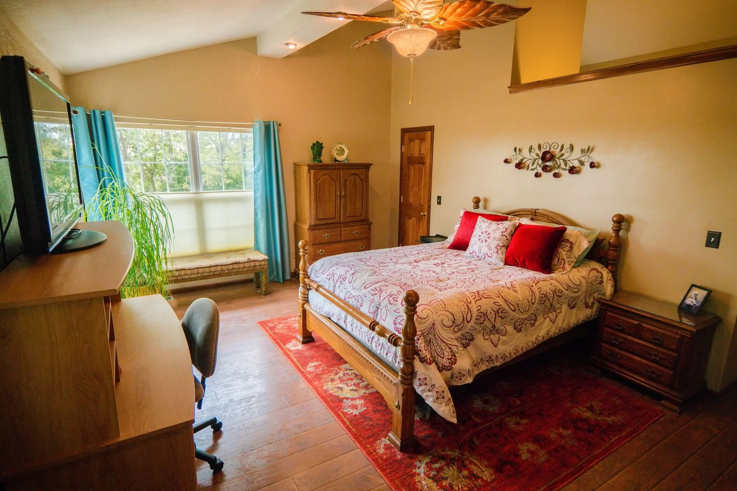 Spacious bedroom, newly remodeled; new memory-foam mattress