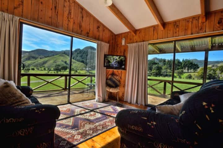 WhiteStar Station - Farm Stay Cottage - 2 Bedroom