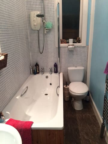 Bathroom exclusive for double room guests