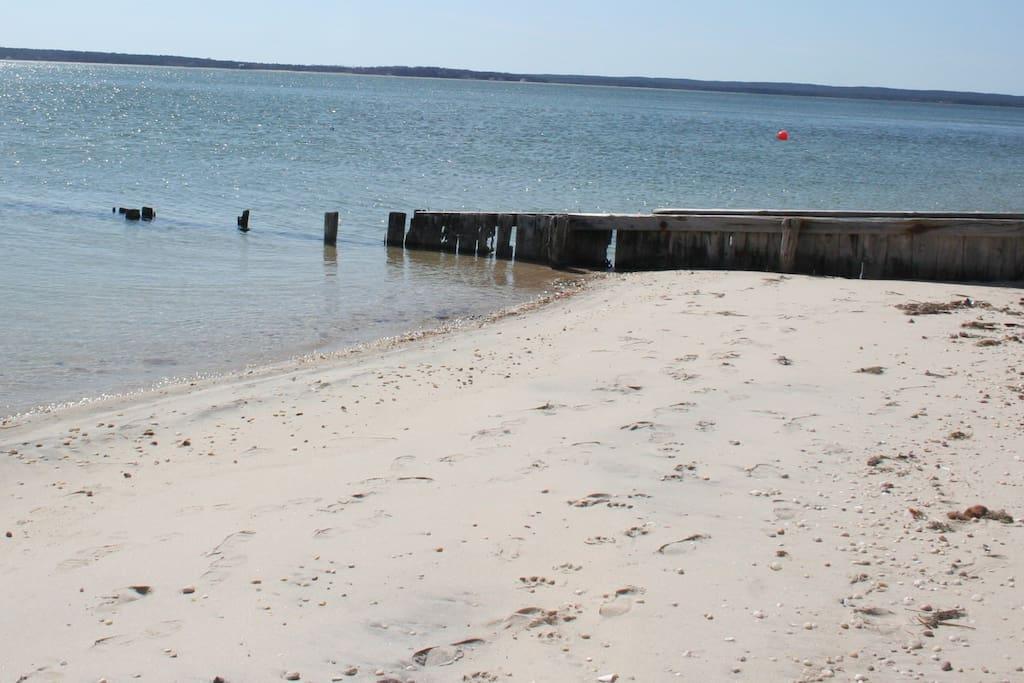 Private Beach - 50 steps away