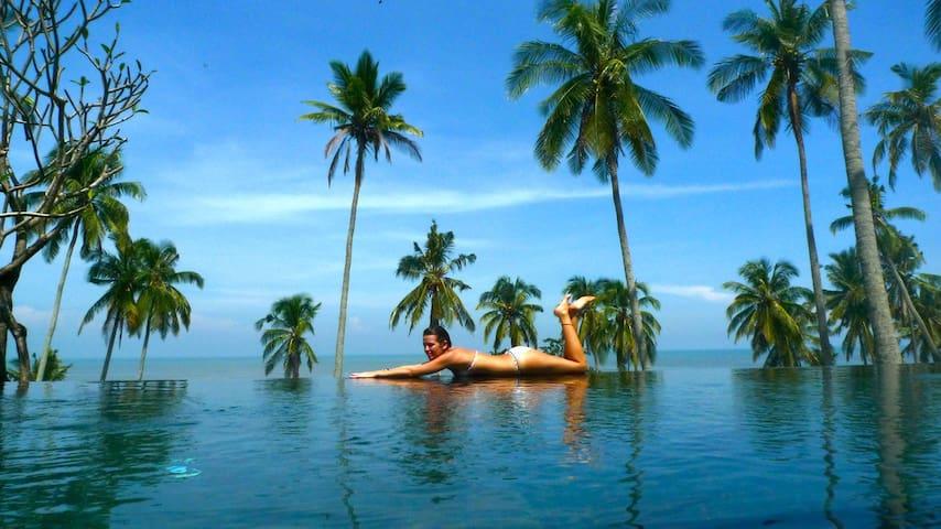Villa Tao Deluxe Beachfront , Bali  - Tabanan - Dům