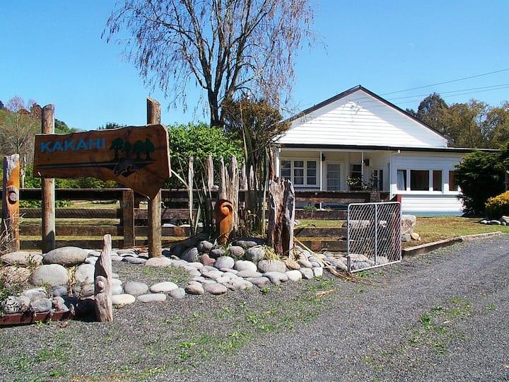 Kakahi Adventure Lodge