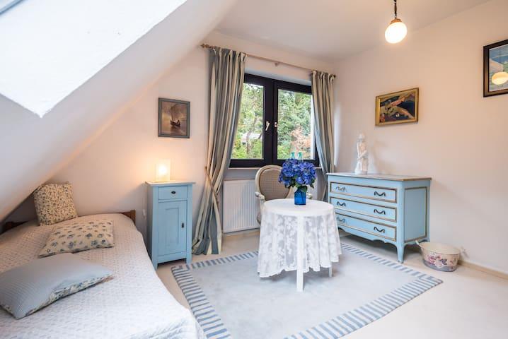 3 Zi. unter einem Dach - Hamburgo - Bed & Breakfast