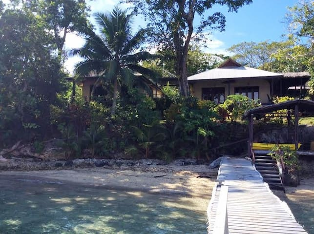 Aore Island Santo - Waterfront Self Contained Unit - Aore - Bungalow