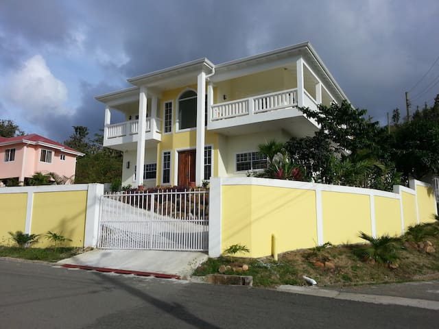 Jasmine 1 Bed Rm at STLUCIA888VILLA - Grande Riviere - Bed & Breakfast