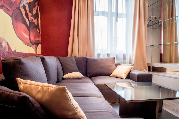 "★""GAUGUIN""VIP apartment ON MAIDAN.GREAT CITY VIEW★"