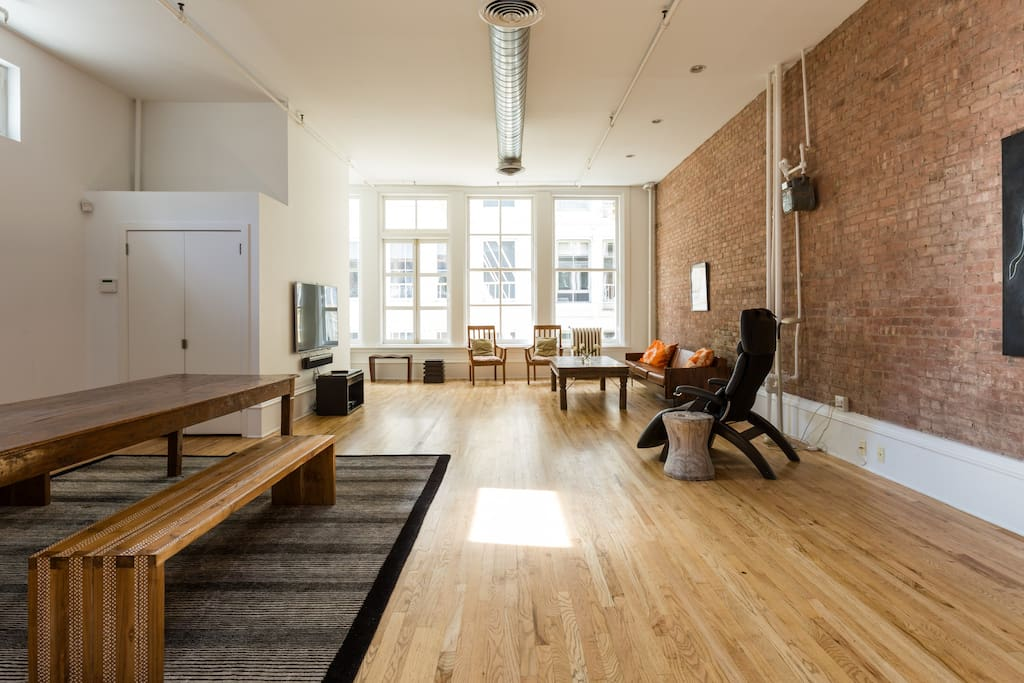 Best block luxury loft in soho lofts for rent in new for Loft soho new york