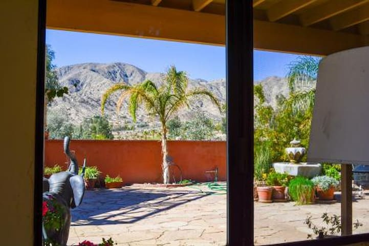 Fun! Pri 1 Bedrm w/Patio..View of Stars Love Dogs! - Morongo Valley - Pis
