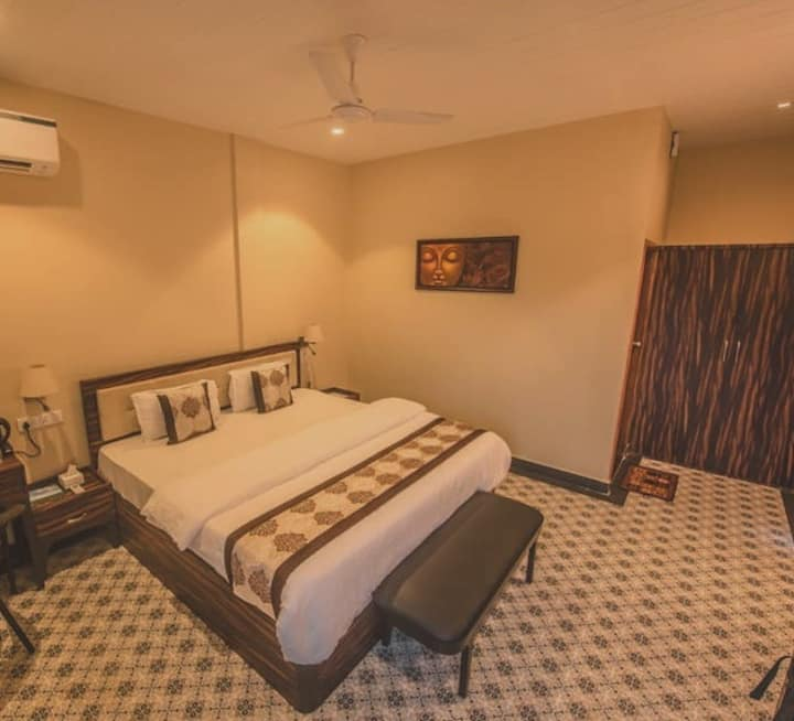 Ananda Exclusive Room at Diveagar Shrivardhan Beach Road Maharashtra