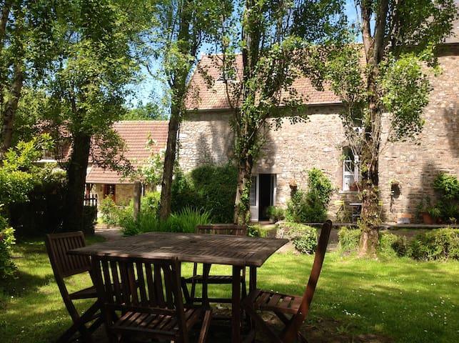 Jasmin Cottage (beach 10 mins) - Saint-Nicolas-de-Pierrepont - Haus