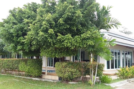 2 bedroom family house with pool