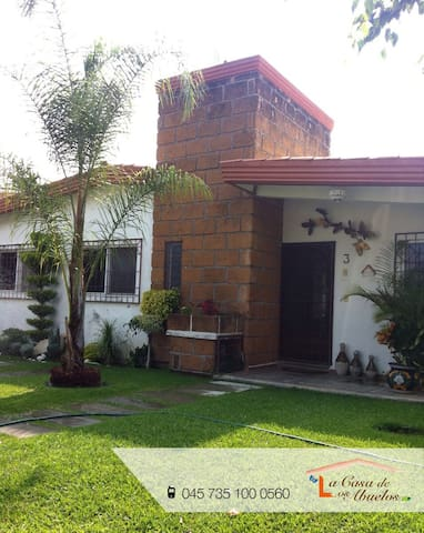 La Casa de los Abuelos - Fraccionamiento Lomas de Cocoyoc - Casa