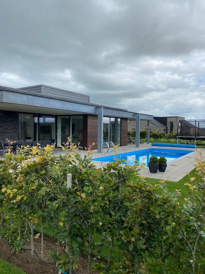 Pool house near Hjerting beach