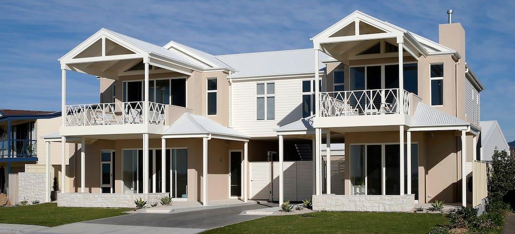 Villa Grenada Aldinga Beach Getaway